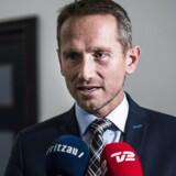 (ARKIV)Finansminister Kristian Jensen (V) ankommer til Finanslovsforhandlinger i finasministeriet fredag d. 24. november 2017.