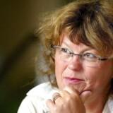 Den norske krimiforfatter og tidligere justitsminister Anne Holt er sammen med sin bror Even Holt aktuel med »Sudden death«.