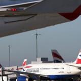Arkivfoto. I sidste måned besluttede den britiske regering, at Londons største lufthavn skal have en tredje landingsbane. Byggetegningerne indikerer, at den skal ligge der, hvor British Airways har sit hovedsæde.