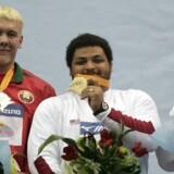 Joachim B. Olsen fik i 2006 overrakt bronze ved VM i indendørsatletik, men 2. marts kan danskeren bytte den ud med en sølvmedalje.
