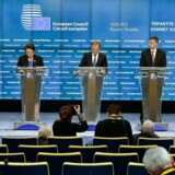 EUs ledere slår nu fast, at kun en fuldstændig implementering af Minsk-fredsaftalerne kan få EU til at løfte de økonomiske sanktioner over for Rusland. I praksis betyder det, at sanktionerne sandsynligvis vil blive forlænget til december.