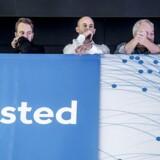 Medarbejderne i Dong Energy skal vænne sig til at arbejde for energiselskabet Ørsted. Mandag præsentede administrerende direktør Henrik Poulsen det nye navn for medarbejdere og medier.