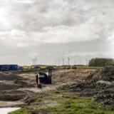 Nordtyskland kan se frem til at blive mere forbundet med Danmark, når den kommende Femern-forbindelse bliver færdig. Her ved Rødby Havn er byggeriet så småt påbegyndt.