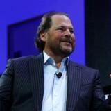 Time Magazine er blevet solgt for 190 millioner dollar til it-milliardæren Marc Benioff og hans hustru.