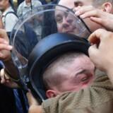 Aktivister fra Ukraines yderste højrefløj endte i et sammenstød med politiet tidligere i dag. Syv betjente meldes såret.