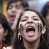 Et lille mindretal af studerende larmer meget højt for at blive hørt. Her i Mexico, men også herhjemme og ikke mindst i USA.