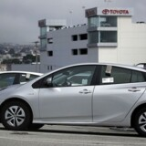Udbredelsen af selvkørende biler og delebiler vil ramme bilsalget. Derfor arbejder japanske Toyota på at opbygge nye markeder før konkurrenterne. Arkivfoto: Justin Sullivan, Getty Images/AFP/Scanpix