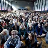 De er glade på Aalborg Universitet, hvorfra billedet stammer. Universitetet er netop kommet på en prestigefyldt top-200-liste over verdens bedste universiteter.