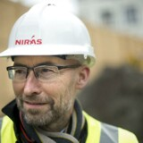 Den rådgivende ingeniørvirksomhed Niras tror på mere vækst i Norge og Sverige end i Danmark. De to lande investerer langt mere i infrastruktur, end vi gør herhjemme. Her er adm. direktør Carsten Toft Boesen ude på en byggeplads på Strandvejen i Hellerup.