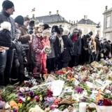 Borgere sagde torsdag farvel til Prins Henrik på Amalienborg.