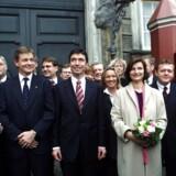 Danmarks nye statsminister Anders Fogh Rasmussen (V) præsenterer sin nye regering på Amalienborg Slotsplads tirsdag november 27, 2001. (Foto: KELD NAVNTOFT/SCANPIX NORDFOTO 2001)