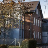 Kundby-pigen sad det meste af sin varetægtsfængsling på den lukkede institution Grenen tæt ved Grenå. Mens hun sad der, skrev hun en form for dagbog eller biografi, som hun i første omgang døbte »Vejen til Jihad«.
