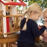 Nordisk børnehavepædagogik forstrer glade børn - her i Vognmandsparkens Børnehave i Roskilde - mener man i Singapore, der forsøger at indrette daginstitutioner på dansk vis.