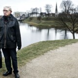 Dansk Folkepartis eminence Søren Krarup ser et Europa i opløsning, fordi nationalstaterne er blevet klemt. Her ses Krarup ved Kastellet i København.