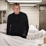 Serie om vores tabuiserede forhold til døden. Retsmediciner Jørgen Lange Thomsen har i årevis debatteret døden.