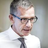 ATP-direktør Christian Hyldahl har udvist dårlig dømmekraft ved at indgå samarbejde med den udskældte bank Macquarie, mener flere politikere.