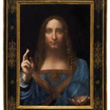 »Salvator Mundi« er et af Leonardos mest kontroversielle malerier. Blev det overhovedet malet af den italienske mester? Og hvorfor forvrænger kuglen i Jesus' hånd ikke verden? Foto: Christie's New York/Handout