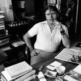 Forfatterskolen udsprang af nogle seancer i forfatteren og kritikeren Poul Borums lejlighed, hvor digtere som Michael Stunge, F.P. Jac og Søren Ulrik Thomsens fik deres tekster vurderet.