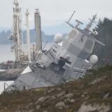 Alle i fregatten en evakuert. Foto: Marit Hommedal / NTB scanpix.