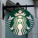 350 ansatte hos kaffegiganten Starbucks fik i går fyresedlen.