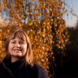 Ingeniøruddannede Karina Bergstrøm Larsen fik ideen til virksomheden Satcom1, som hun var medstifter af i 2003. I 2015 købte Honeywell Aerospace virksomheden for 700 millioner kroner. Virksomhedshandlen og beløbets størrelse gør 48-årige Karina Bergstrøm Larsen til en af Danmarks få virkelig succesfulde kvindelige iværksættere.