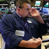 I udlandet er det snart mange år siden, investorer fik øjnene op for aktive fondes tvivlsomme præstationer. I USA sidder passive fonde således i dag på 38 procent af markedet. Foto fra børsen i New York: Spencer Platt/Getty Images/AFP/Ritzau Scanpix
