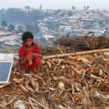 68,5 millioner vurderes at være på flugt i verden, blandt andet fra Myanmar til Bangladesh. FN diskuterer derfor en ny »flygtningepagt«, der efter planen skal færdigforhandles i december. Ligesom FNs migrationspagt vil pagten udløse betydelig debat. Pagten skal sikre, at det ikke fortsat er de fattigste lande, der skal håndtere den største byrde.