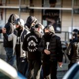 I løbet af de seneste ti år er LTF-leder Shuaib Khan dømt for bl.a. grov vold med døden til følge og to grove overfald. Han har samtidig været en torn i øjet på myndighederne ved at etablere banden LTF, der sidste år var en aggressiv part i bandekrige i både København og Aarhus.