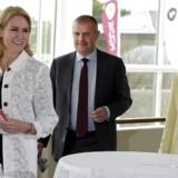 Den socialdemokratisk ledede regering under statsminister Helle Thorning-Schmidt satte yderligere skub i effektiviseringerne i Skat, som ifølge eksperter fik projektet »til at køre helt af sporet«.