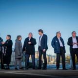 Her ses ni af de 11 borgmestre, der er gået sammen om at lave et udspil og et indspark til regeringens hovedstadskommission. Det gør de, fordi de føler sig overset i debatten om udviklingen af hovedstadsområdet i fremtiden. Foto: Søren Bidstrup