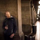 24 timer i København: 02-03. Kl. 02.35.20. Jacob Hansen venter på Hovedbanegården.