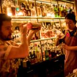 De innovative cocktails er i særklasse i det rodede herreværelse på Balderdash.