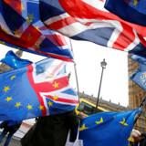 Tre dugfriske rapporter har det samme klare budskab: Alle alternativer til fuldgyldigt medlemskab af EU gør Storbritannien fattigere.