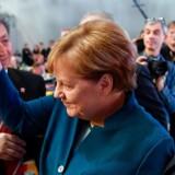 Angela Merkel vinkede fredag formiddag farvel til CDU-formandsposten efter 18 år.
