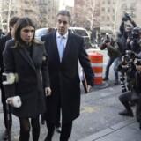 Michael Cohen, præsident Donald Trumps tidligere advokat, ankommer til retten i New York med sin datter, sin søn og sin kone. REUTERS/Jeenah Moon