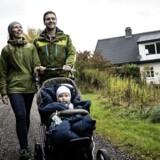 Andreas og Vibe rykkede ud af København og til Vridsløsemagle pr. 1. september 2016. I baggrunden ses det nedlagte landbrug, som de er flyttet ind i.