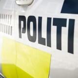 Forbipasserende forhindrede forældrepar i at kidnappe 18-årig datter på vej til skole i Holstebro.