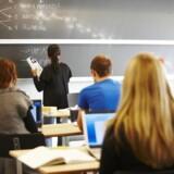 Sparekravet på to procent er kun begyndelsen. Især de 120 almene gymnasier rammes af nedskæringer de kommende år, og allerede i 2017 skal gymnasierne spare fem procent. Free/Colourbox