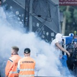 Brøndby vandt 1-0 over FC København, men det var en skandaløs afslutning med uroligheder i FCK's tilskuerafsnit, der optog de fleste efter opgøret.