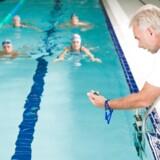 Dagpengemodtagere og efterlønnere får fremover mulighed for at bruge flere timer på frivilligt arbejde i for eksempel den lokale idrætsforening.