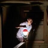 »It Comes at Night« hører til den type horror, der ikke har kostet det store og udspiller sig på et nøje afgrænset område.