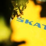 Efter endnu en milliardfadæse i Skat rejser danske revisorers brancheforening FSR nu hård kritik mod skattevæsnet, som de mener, at kriminelle spekulerer i at få penge fra.