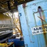 A.P. Møller-Mærsks havneselskab, APM Terminals, investerer 40 mio. dollar i ti nye kraner i sin havn i Los Angeles, hvor selskabet forbereder sig på at modtage større containerskibe.