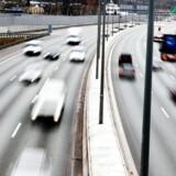 Den danske stat vil kunne score 300 millioner kroner på en vejafgift for udenlandske bilister. Men afgiften risikerer også at ramme danske bilister, mener FDM. (Foto: Linda Kastrup/Scanpix 2011)
