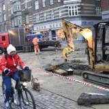 Arkivfoto. De københavnske trafikanter ser frem til endnu et år med masser af vejarbejde. Fortidens synder bliver ved med at hæmme flere centrale færdselsårer, der vil blive gravet op i 2017.