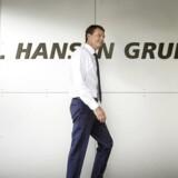 Topchef i Chr. Hansen, Cees de Jong, har fyret direktøren for selskabets farvedivision.