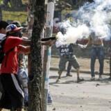 Over 20 mennesker meldes søndag dræbt under demonstrationer, der de seneste dage har bredt sig i hele Nicaragua. / AFP PHOTO / INTI OCON