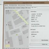 Når først hackerprogrammet er blevet installeret på telefonen fra et almindeligt program hentet i Google Play, kan hackeren kopiere alle filer på telefonen (til venstre et foto) og f.eks. på et landkort se, hvor telefonen fysisk befinder sig netop nu. Foto: Thomas Breinstrup
