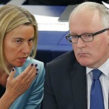 Federica Mogherini og Frans Timmermans i Europa Parlamentet.