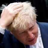 Storbritannien forlader EU-samarbejdet, men briterne forlader ikke Europa og opgiver heller ikke deres ledende rolle i europæisk samarbejde, siger den nye udenrigsminister, Boris Johnson, ved ankomsten til sit første møde i Bruxelles. Reuters/Francois Lenoir